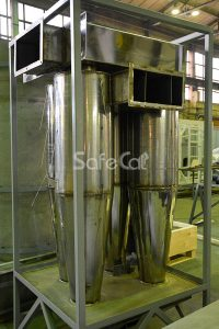 Cyclone dust collector for gas cleaning